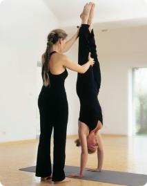 Milena_Handstand